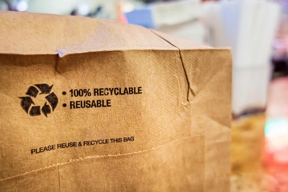 Communiquer sur le recyclage d'emballage avec vos clients représente une opportunité pour votre entreprise.